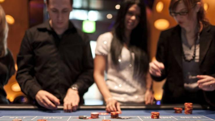 Die FDP-Fraktion hatte auf lukrative Verwaltungsratsmandate des kantonalen Steueramtschefs Marcel Gehrig in der Casino-Branche hingewiesen. (Symbolbild)