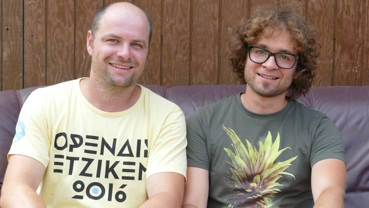 Michael Flück und Chrigu Stuber sind im Booking-Team.