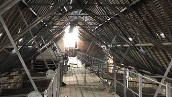 Eine Stahlkonstruktion hat 1888 die mittelalterliche Holzkonstruktion des Basler Münster ersetzt. Daher hat die Brandlast stark abgenommen.