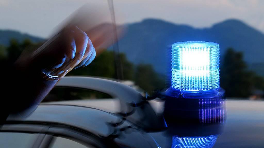 Beim Unfall auf der Autobahn A14 bei Bludenz starb eine Person.