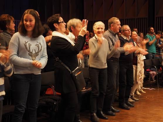 Das Publikum in der Trafohalle ging beim Gustav-Konzert begeistert mit
