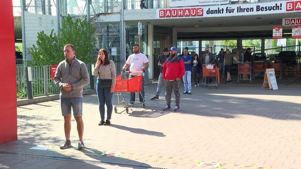 Lockdown-Lockerung: Riesiger Ansturm auf Baumärkte und Gartenzentren