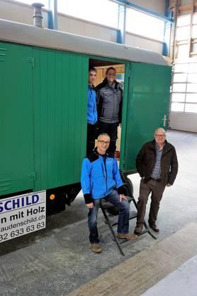 Der Bienenwagen von David Studer wurde in der Firma Haudenschild in Niederbipp von den Lehrlingen renoviert.