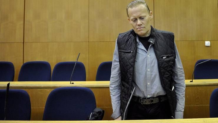 Russel bei der Gerichtsverhandlung im Oktober 2011.