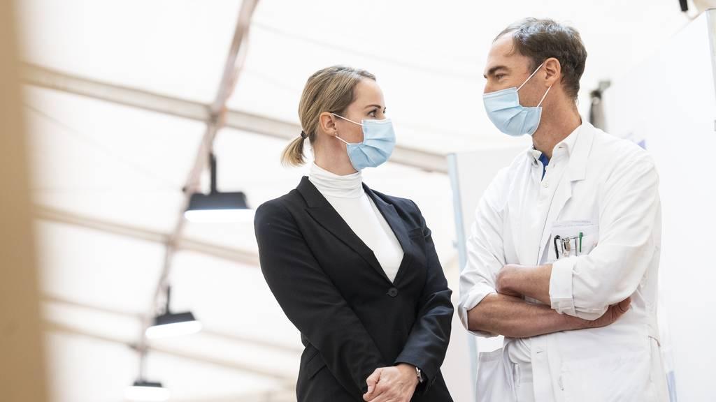 Infektiologe zu steigenden Zahlen: «Gewisse Sorge breitet sich aus»