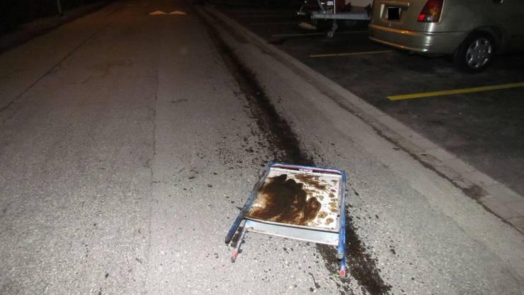 Der Mercedes des 37-Jährigen verlor nach der ersten Kollision Öl.