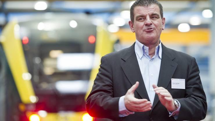 Peter Spuhler, Inhaber und CEO der Stadler Rail Group, spricht anlässlich des Roll-out des ersten von zehn neuen Zügen der Zentralbahn am Mittwoch, 15. Februar 2012 bei der Stadler Rail in Bussnang.
