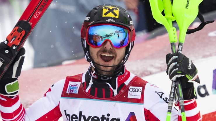 Marcel Hirscher bejubelt seinen neunten Saisonsieg