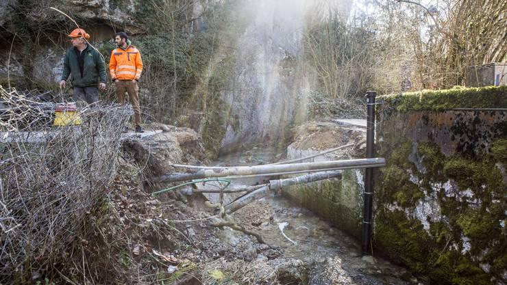 Beim Restaurant Einsiedelei bricht eine Brücke ein