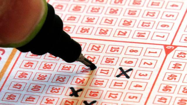 Gut getippt aber nicht gewonnen - tschechischer Lottospieler knackt Jackpot von Pleite-Gesellschaft (Symbolbild)