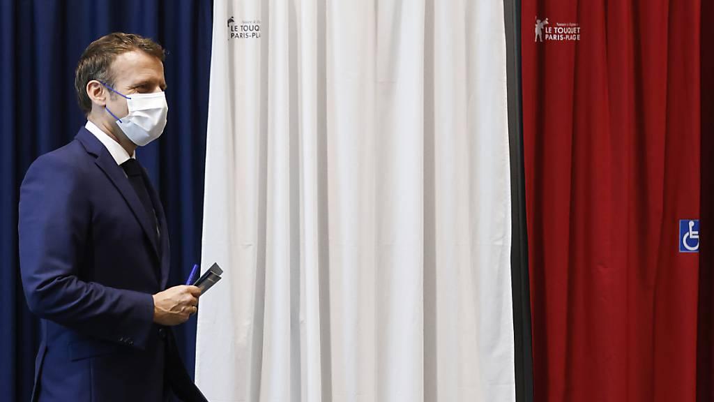 Macron und Le Pen nach Wahlschlappe in Erklärungsnot