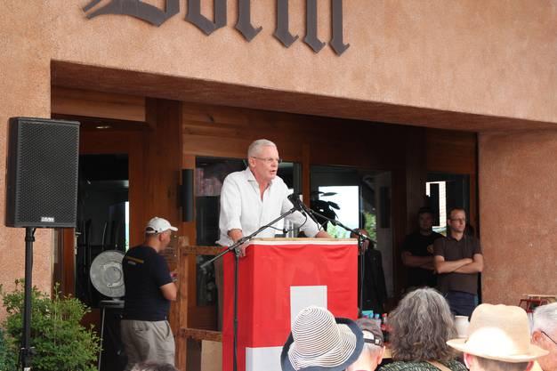 Gemeindepräsident Chris Lindner (FDP) führte durch den Anlass.