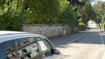 Für Velofahrer kanns hier eng – und gefährlich – werden. (Bild: Walter Schwager)
