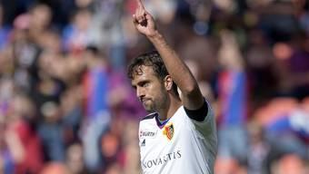 FCB-Captain Matias Delgado musste sich in der Partie gegen YB verletzungsbedingt auswechseln lassen.