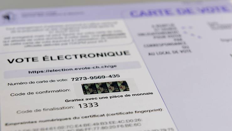 Der Schweizer Versuchsbetrieb zum E-Voting ist derzeit gestoppt und wird überarbeitet.