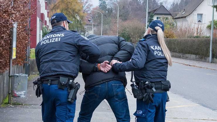 Der 51-Jährige ist bereits polizeibekannt. (Symbolbild)