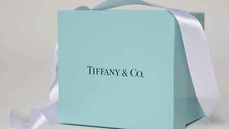 Chinesische Touristen haben sich in Tiffany-Geschäften zuletzt überraschend knauserig gezeigt. Dies sorgte für einen Gewinnrückgang. (Archiv)