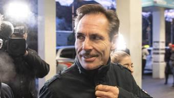 Neue Vorwürfe: Extremsportler Freddy Nock auf dem Weg zum Bezirksgericht Zofingen. Das war im Dezember 2019.