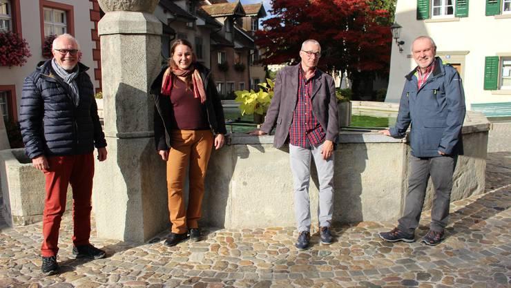 Sie freuen sich über die neue Zusammenarbeit (von links): Rudolf Lüscher, Präsident, und Patrizia Solombrino, Geschäftsführerin, vom Rehmann-Museum, und Martin Willi, Betriebsleiter, und Walter Marbot, Präsident, von der kult-SCHÜÜR.