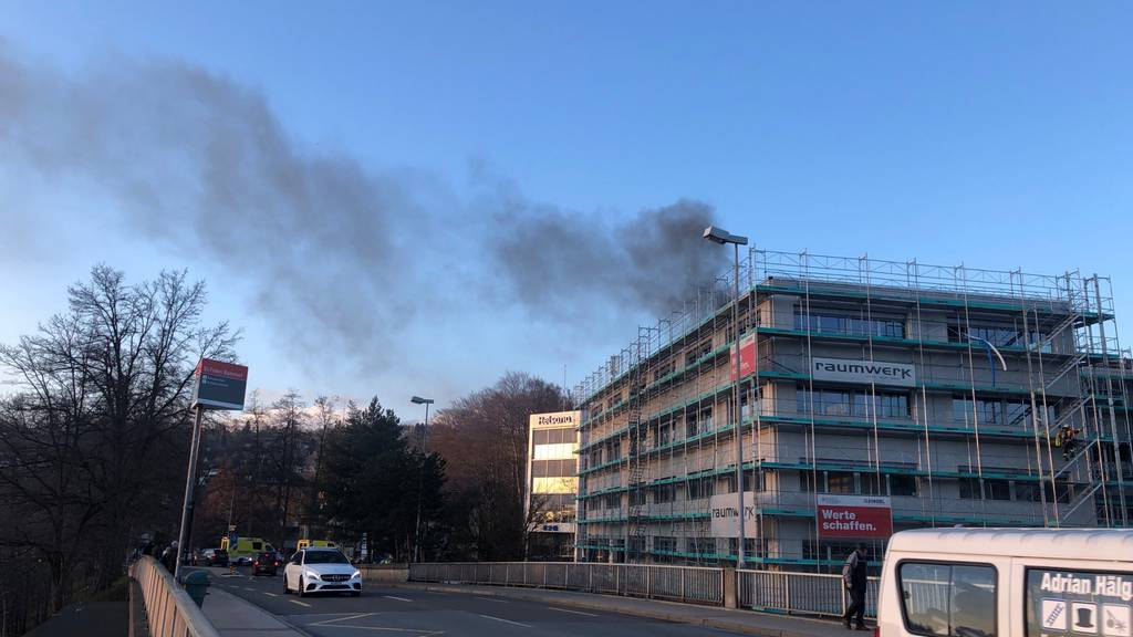 Viel Rauch bei Brand in Rohbau in St.Fiden