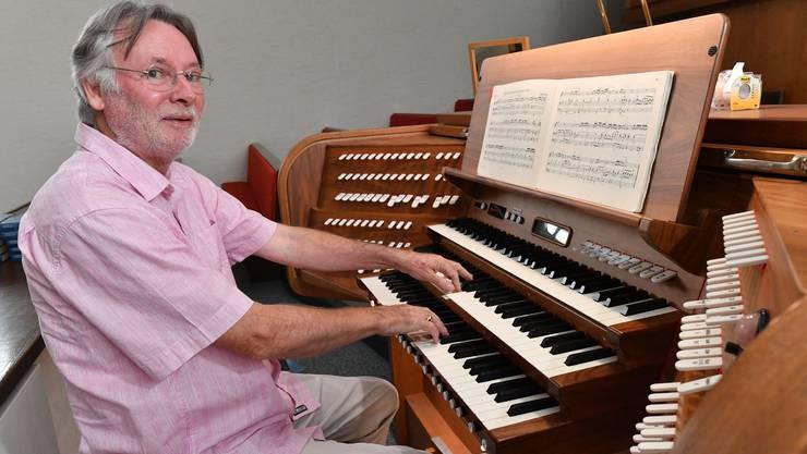 Brunetto Haueter orgelt neu in Schönenwerd.