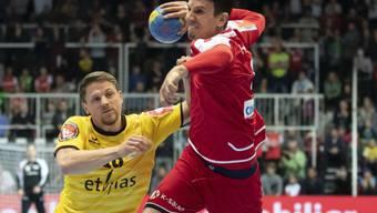 So dynamisch soll es mit der EM-Qualifikation klappen: Bundesliga-Star Andy Schmid setzt sich gegen Belgien energisch durch