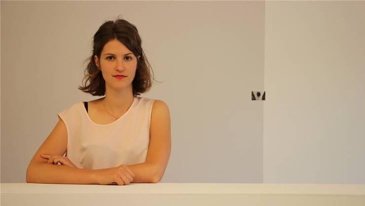 Leonie Brandner, die junge Aarauer Künstlerin, stellt zum zweiten Mal in Aarau aus.