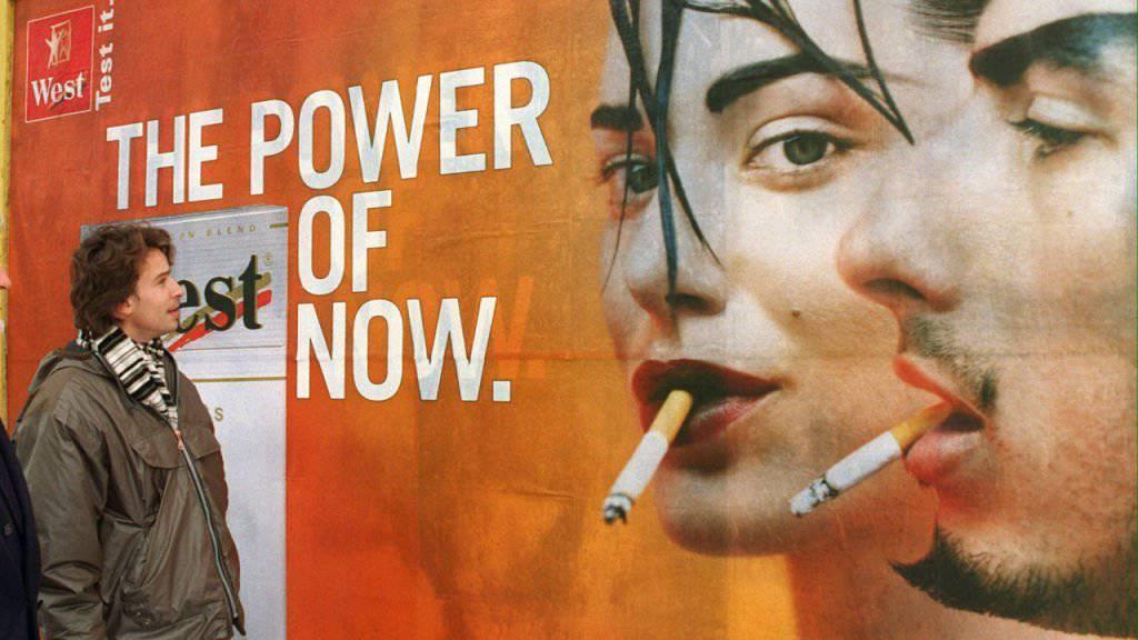 Etappensieg für die Tabak- und Werbeindustrie: Die Gesundheitskommission des Nationalrates will die Tabakwerbung nicht einschränken. (Symbolbild)