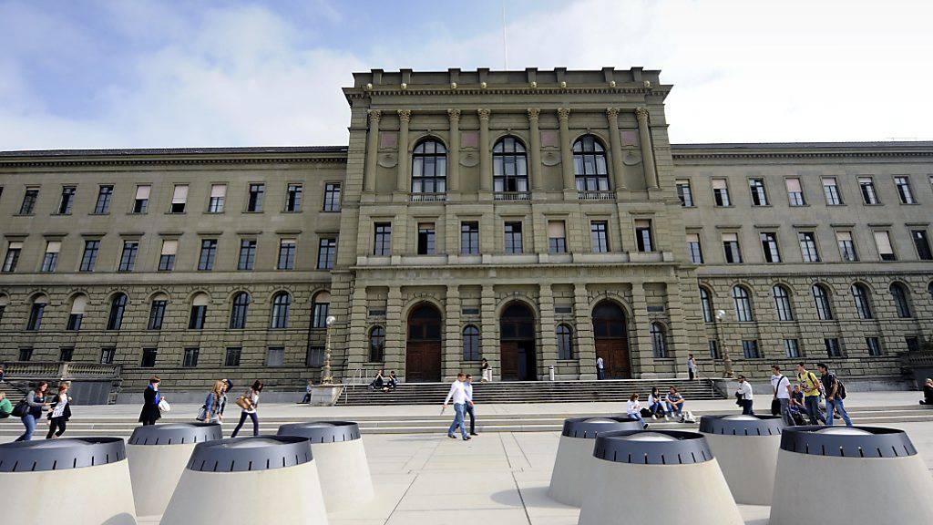 Weltweit top in Sachen internationaler Ausrichtung: Die ETH Zürich belegt im neuesten THE-Ranking der internationalsten Universitäten den ersten Platz. (Archivbild)