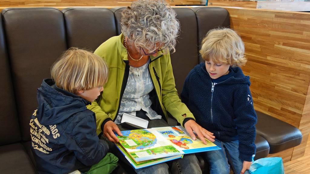 Dürfen Grosseltern ihre Enkel nun wieder sehen oder nicht ...
