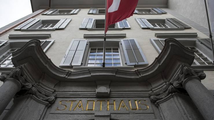 Mittels Sofortmassnahmen seit Mitte Jahr soll Baden bis Ende 2015 rund 400 000 Franken einsparen.