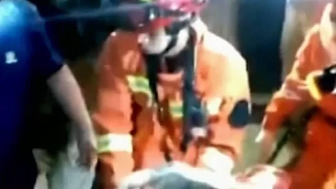 Dutzende Tote und Verletzte bei Erdbeben in China