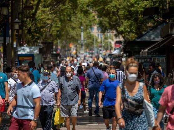 Noch können Touristen aus Spanien ohne Quarantäne in die Schweiz zurück. Das Bild zeigt eine Flaniermeile in Barcelona.