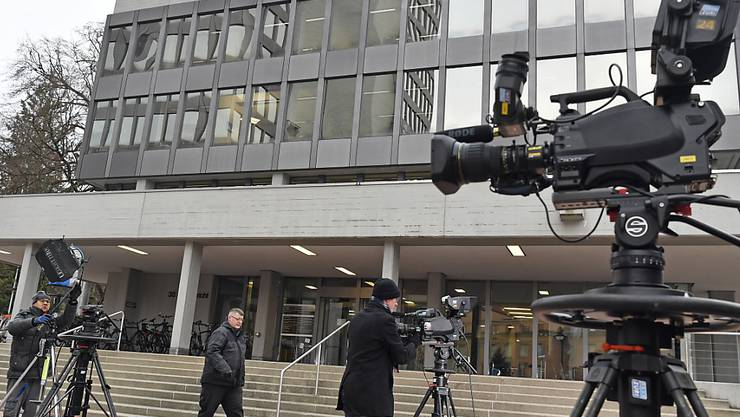 Das Aargauer Obergericht hat am Donnerstag entschieden, dass der Vierfachmörder von Rupperswil ordentlich verwahrt wird.