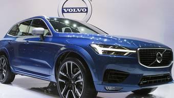 Der schwedische Autobauer ruft über 200'000 Fahrzeuge wegen Probleme bei der Kraftstoffzufuhr in die Garagen zurück. Von der Rückrufaktion sind auch Volvo-Besitzer in der Schweiz betroffen.(Archivbild)