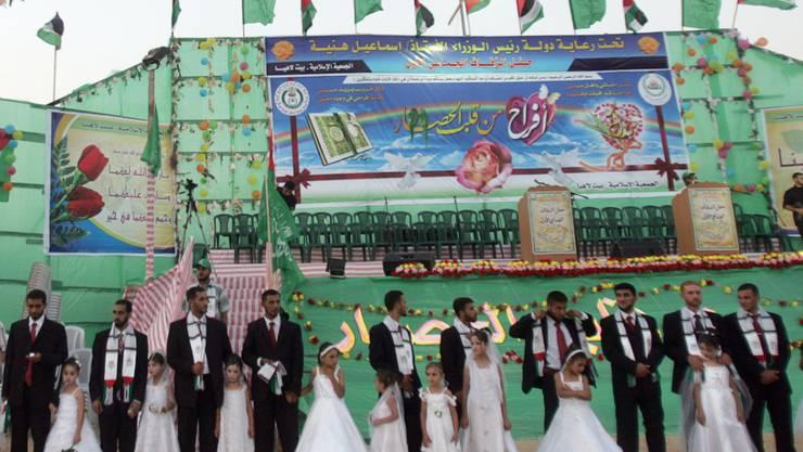 Massenhochzeit im Gazastreifen - die Scheidung soll nach dem Willen der islamischen Gerichtsamkeit wohlüberlegt sein, also nicht während des kräfteraubenden Ramadans (Symbolbild)