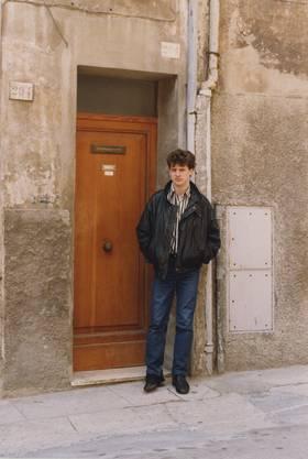Brennerei Humbel Stetten feiert ihr 100-Jahr-Jubiläum. Im Bild: Lorenz Humbel als 22-Jähriger in Perugia, Italien.