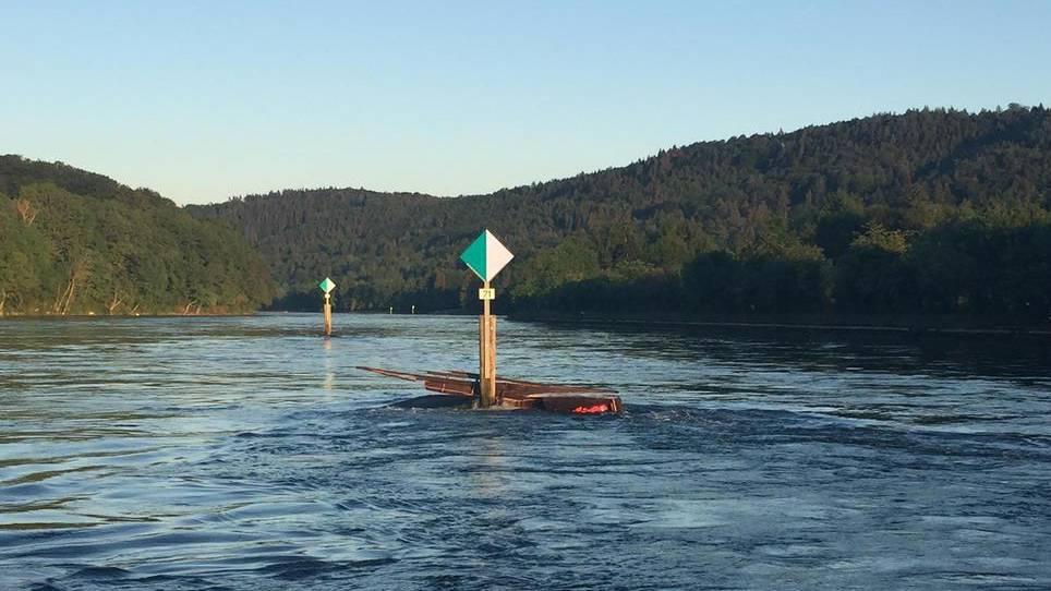 Wegen des gesunkenen Flachbootes gab es eine unnötige Suchaktion.