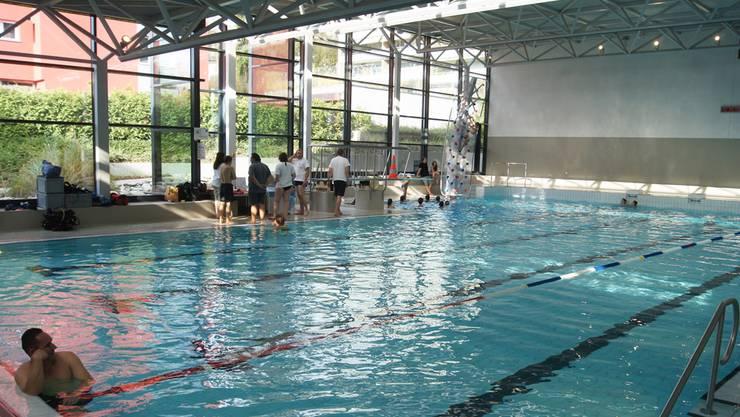 Die Planungsphase zur Eröffnung des Hallenbads in Geroldswil fängt Ende Mai an. (Archivbild)