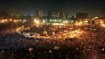 Tausende demonstrieren auf den Tahrir-Platz in Kairo für Brot und Freiheit