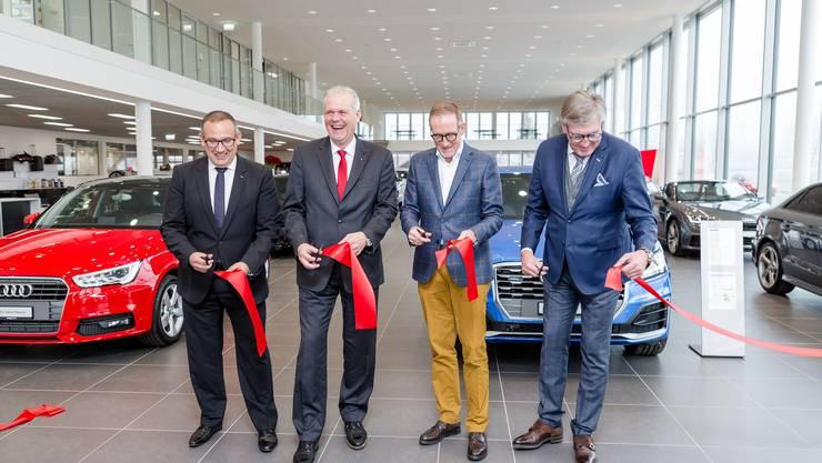 ... Amag Retail; Thomas Huser, Filialleiter Amag Baden, Manfred Hunziker,  Hunziker Architekten AG Und Hansueli Bächli, Geschäftsführer Amag  Schinznach Bad.