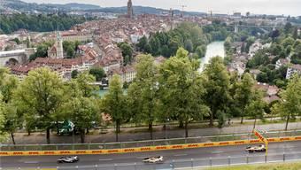 Sebastian Buemi (l.), Jean-Eric Vergne (M.) und Andre Lotterer beim Probetraining vom Freitag auf der Formel-E-Strecke in Bern.