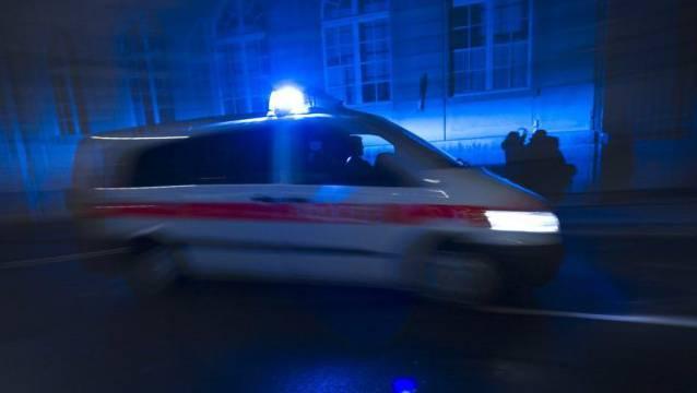 Am Montagabend rückte die Polizei zum Coop City in Aarau aus. (Symbolbild)