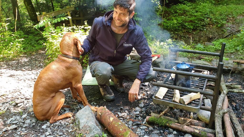 Experiment Gallus: Leben im Wald