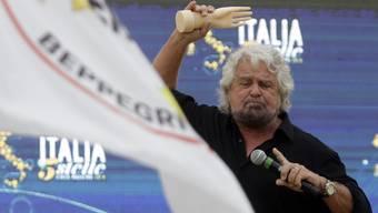Beppe Grillo, Anführer der Fünf-Sterne-Bewegung, braucht zur Finanzierung seiner Wahlversprechen Geld.