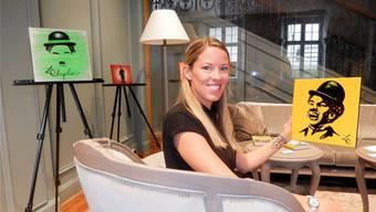 Laura Chaplin (31) mit einem Teil der Werkserie «Splash of a Summer Smile».