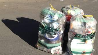 Der Kunststoff wird in Säcken gesammelt und abgeholt. (Symbolbild)