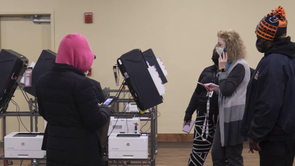 Entscheidende Stichwahlen zum US-Senat haben begonnen