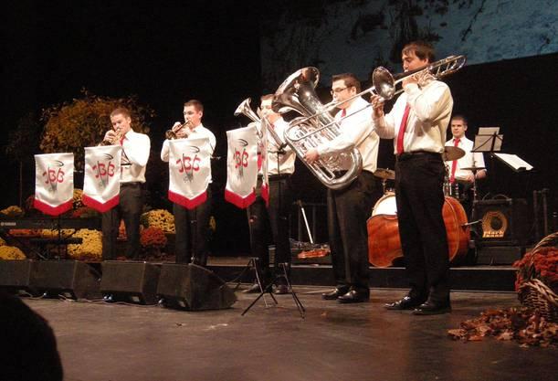 Für einen schmissigen Auftakt sorgte das Jugend-Brass-Ensemble Solothurn.