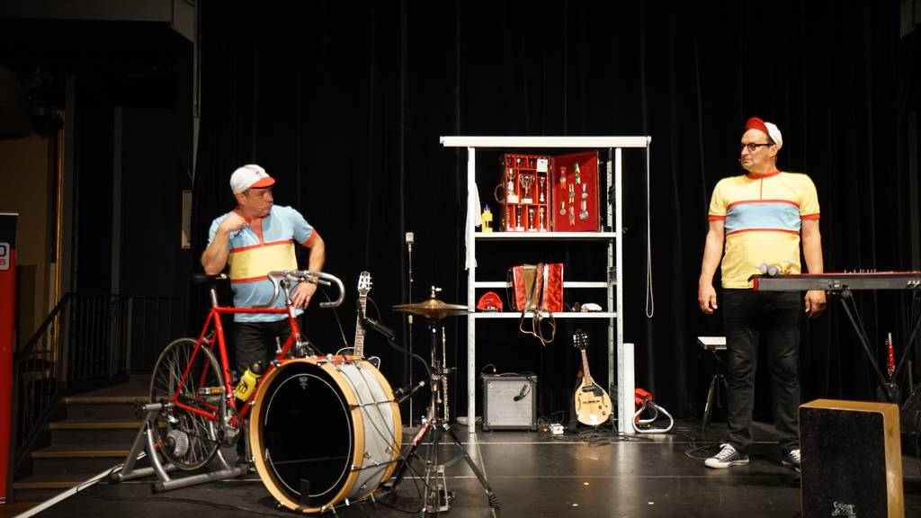 Das Duo «Les Trois Suisses» im Casineum Luzern